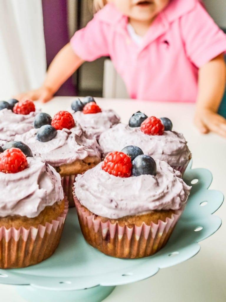Beeren Cupcakes Ohne Zucker Aus Naturlich Backen