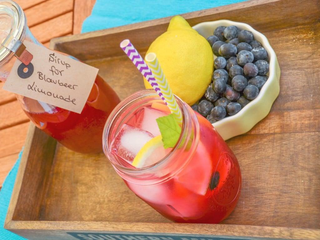 Blueberry Lemonade {www.dasweissevomei.com}