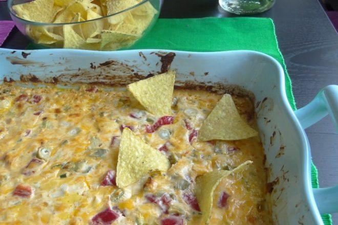 Scharfer Mexikanischer Käse Dip aus dem Ofen + Nachos