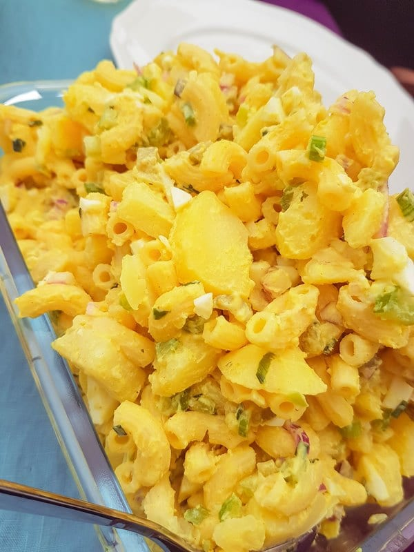 Hawaiian Potato Mac Salad {www.dasweissevomei.com}