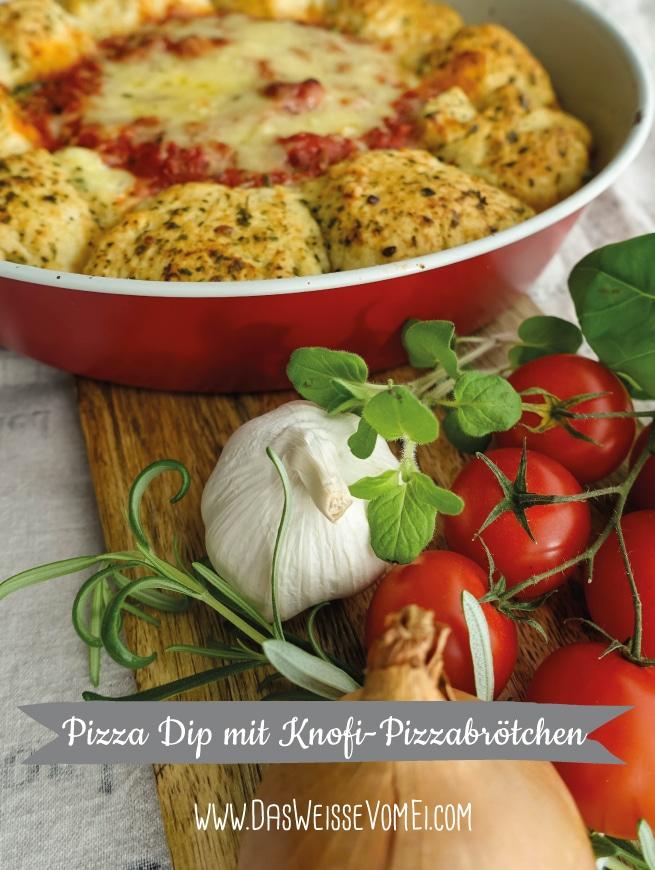 Pizza Dip mit Knofi-Pizzabrötchen {www.dasweissevomei.com}